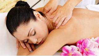 Скидка 72% на 3, 7, 12 или 24 сеанса массажа в студии «Доктор тела»: классический, антицеллюлитный, «Бразильская попка»!