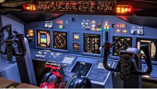 Виртуальное пилотирование в авиатренажерном центре FMX aero: 30 или 60 минут на выбор! Скидка 51%!