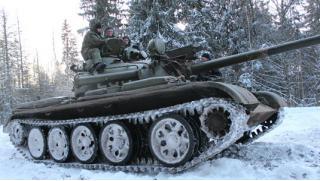 Погонять на танке в Подмосковье! Скидка 53% на участие в захватывающей программе «Т-34 танк Победы» со стрельбой из АК-47!