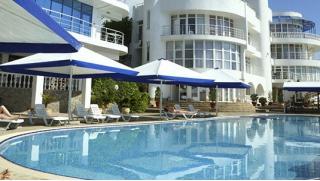 Заезды с 15 сентября по 15 октября! Спа-отдых для двоих по системе «Всё включено» в отеле Majestic в Алуште! Скидка 52%!