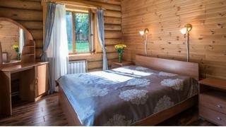 Загородный отдых! Коттедж сауной и камином для 6 человек в доме отдыха «Серебряный век» в Тарусе! Скидка 42%!