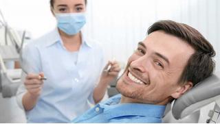 Реставрация, установка металлокерамических или циркониевых коронок, отбеливание зубов Amazing white и не только! Скидка 80%!
